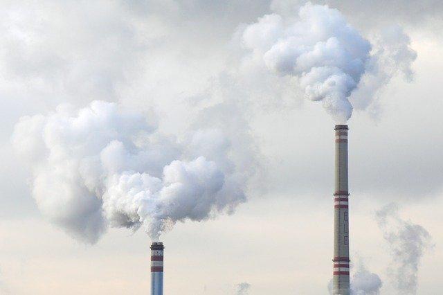 Le danger des polluants gazeux et les fines particules en usine